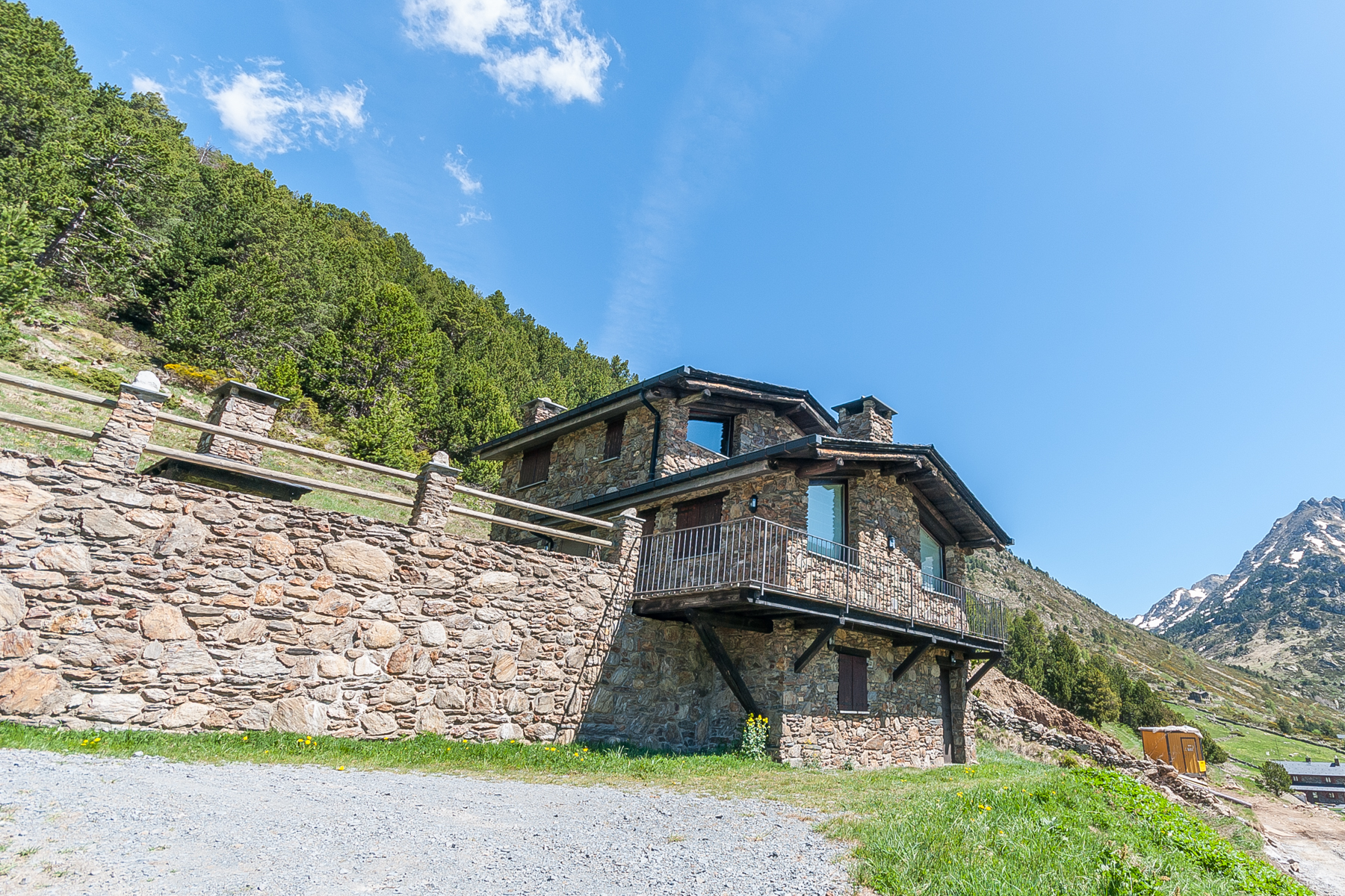 Single Family Home for Sale at Rustic house for sale in Incles Incles, Canillo, AD100 Andorra