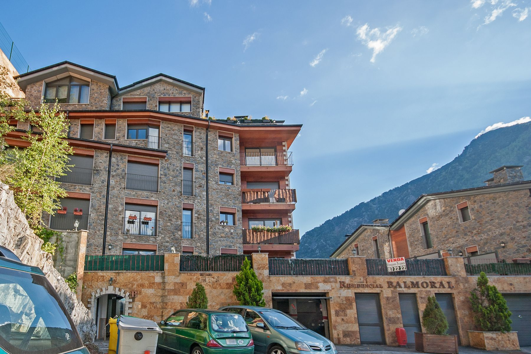 Appartement pour l Vente à Flat for sale in Anyós Carretera Anyós, Residencial Balmural, Bloc B, 2-3 Anyos, La Massana, AD400 Andorra