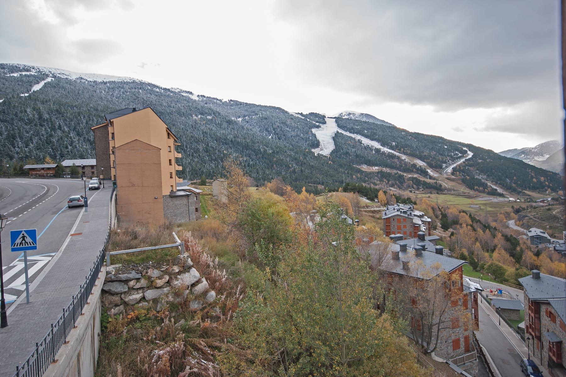 Dúplex por un Venta en Duplex for sale in Soldeu Soldeu, Canillo, AD100 Andorra
