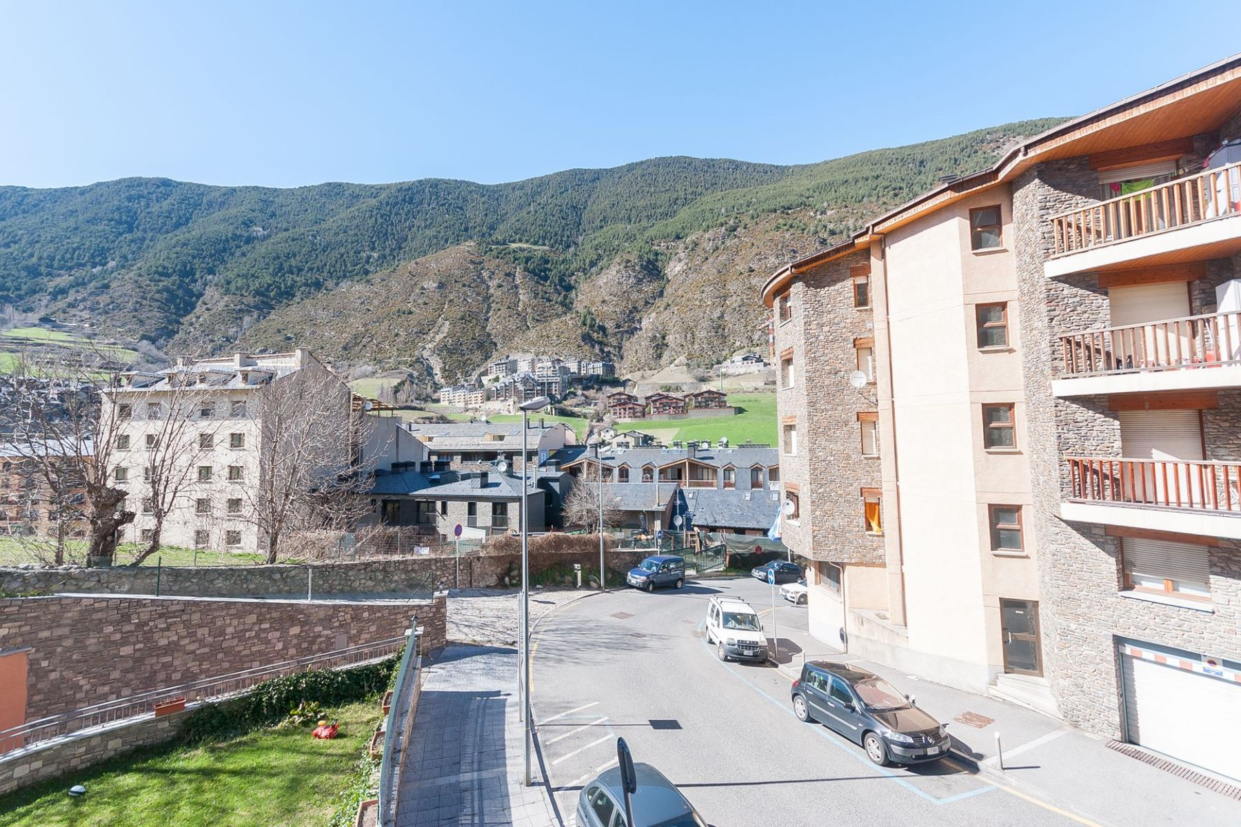 アパート のために 売買 アット Flat for sale in Encamp Encamp, Encamp, AD200 Andorra