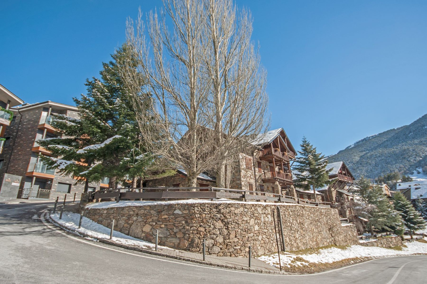 Квартира для того Продажа на Attic for sale in Tarter (El) Other Canillo, Canillo, AD100 Andorra