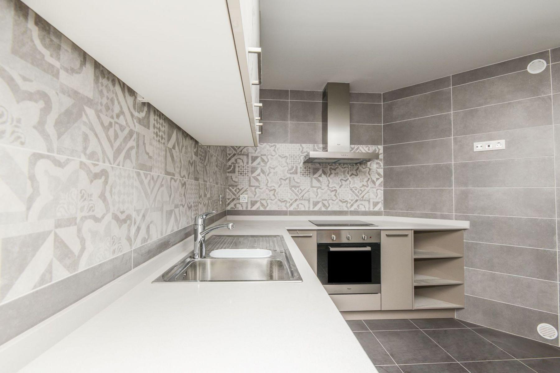 Apartamento para Venda às Flat for sale in Les Bons Les Bons, Encamp, AD200 Andorra