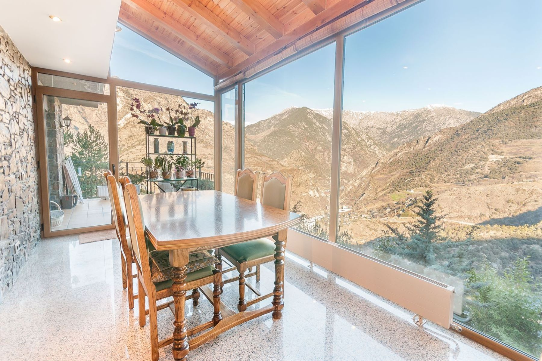 Single Family Home for Sale at Chalet-Tower for sale in Aixirivall Aixirivall, Sant Julia De Loria, AD600 Andorra
