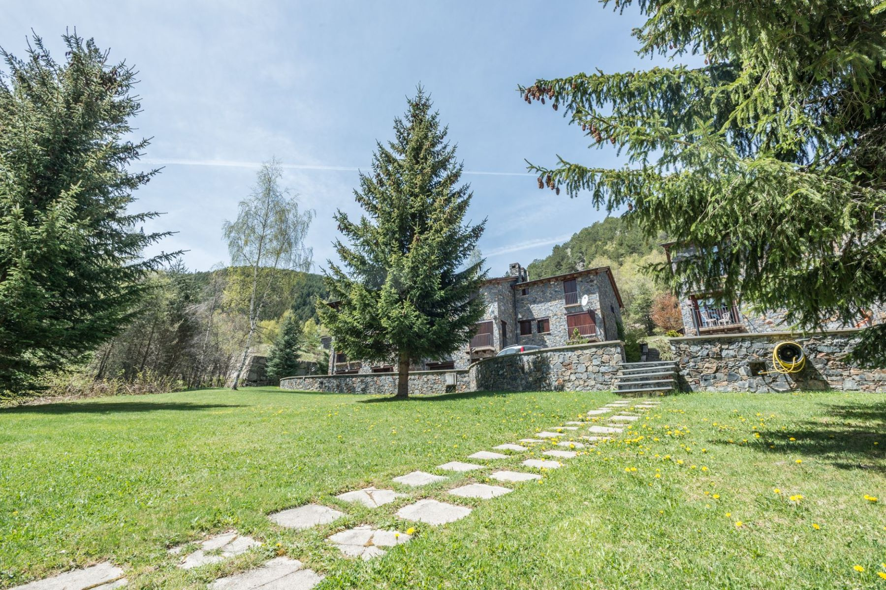 Villa per Vendita alle ore Attached for sale in Pal Pal, La Massana, AD400 Andorra