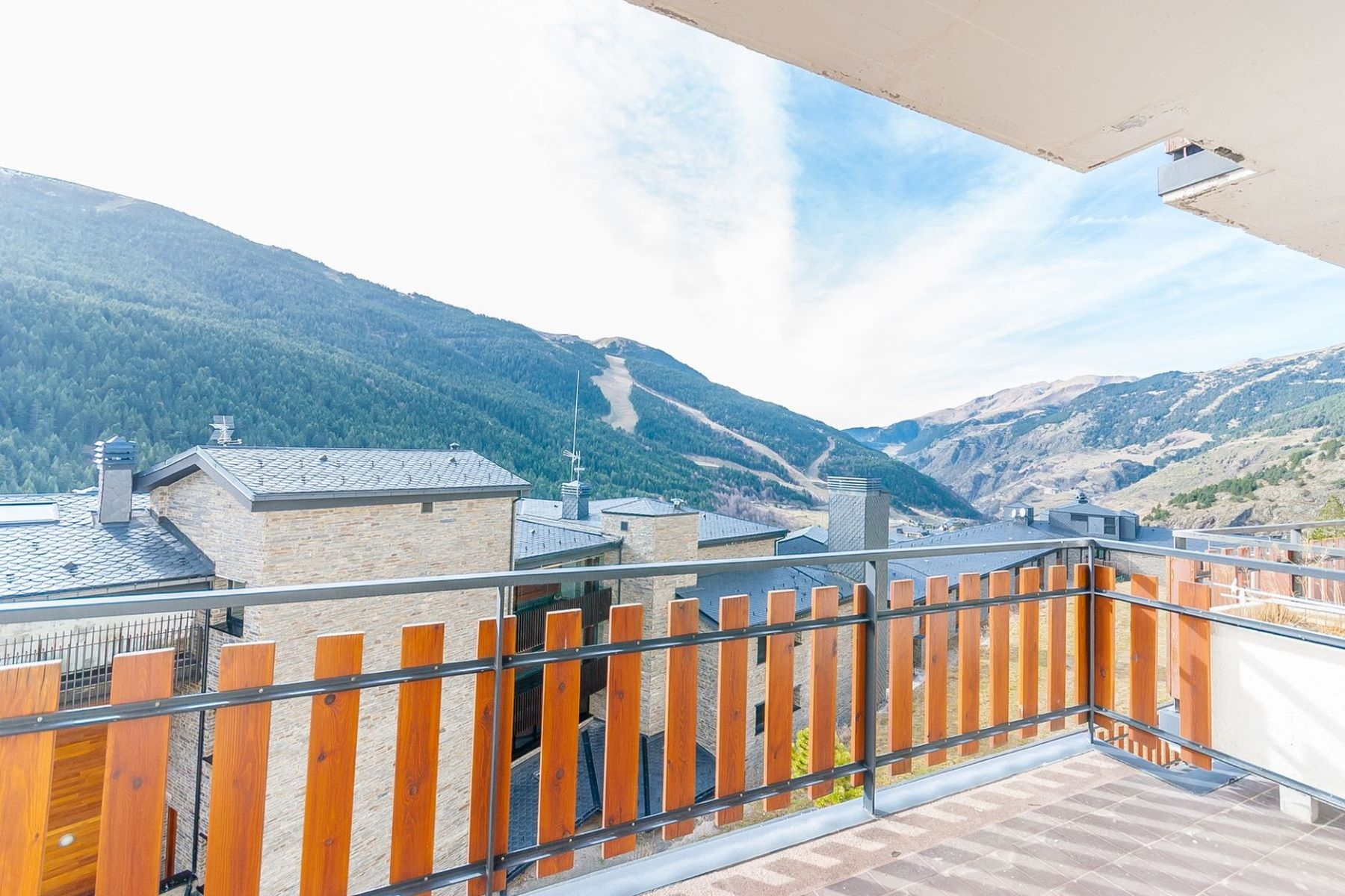 アパート のために 売買 アット Flat for sale in Soldeu Soldeu, Canillo, AD100 Andorra