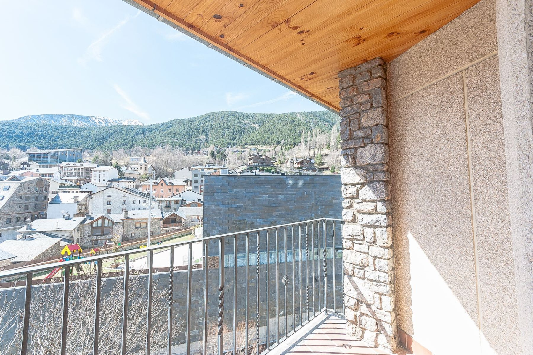 Appartement pour l Vente à Flat for sale in La Massana La Massana, La Massana, AD400 Andorra