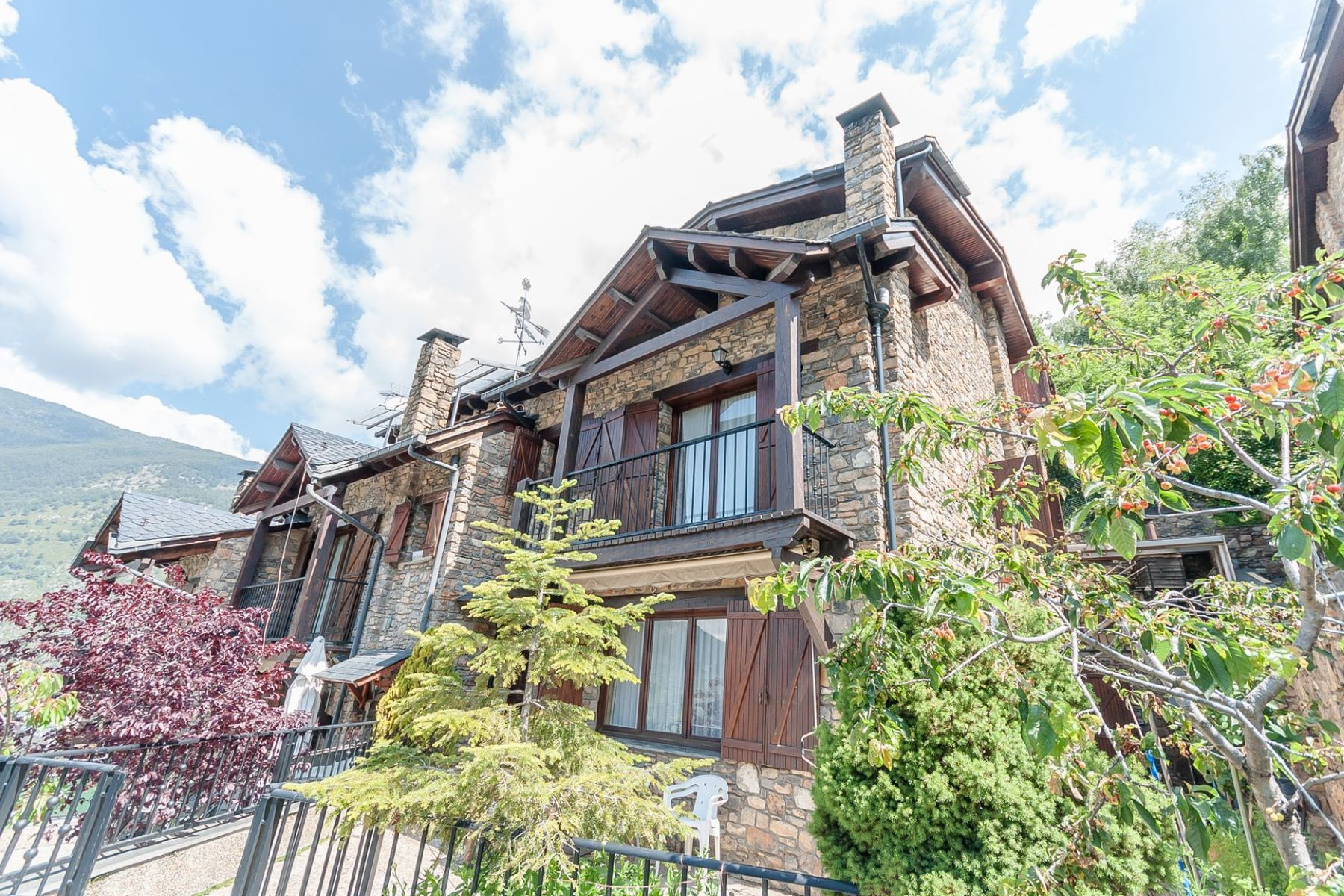 一戸建て のために 売買 アット Attached for sale in Encamp Encamp, Encamp, AD200 Andorra