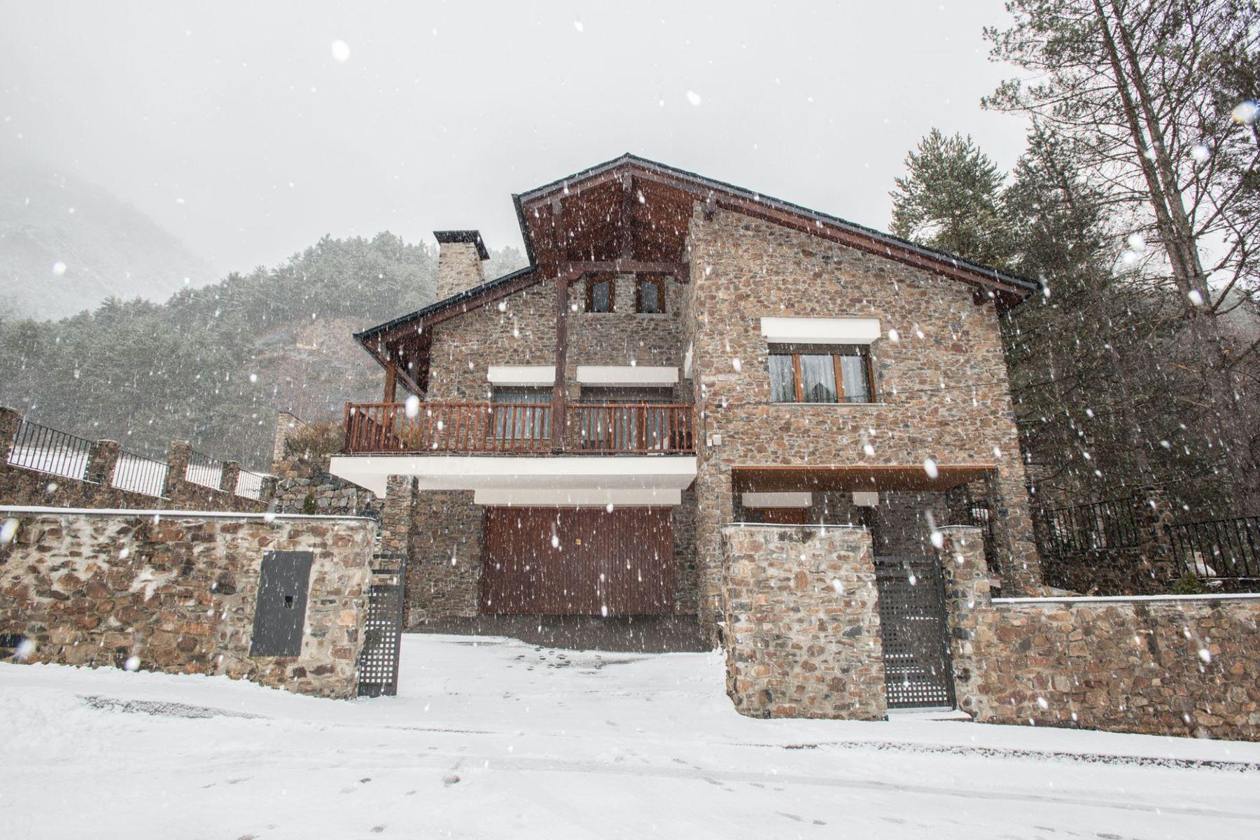 Villa per Vendita alle ore House for sale in Xixerella Xixerella, La Massana, AD400 Andorra