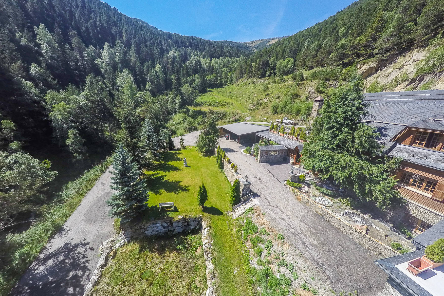 Single Family Home for Sale at Chalet-Tower for sale in Pal Pal, La Massana AD400 Andorra