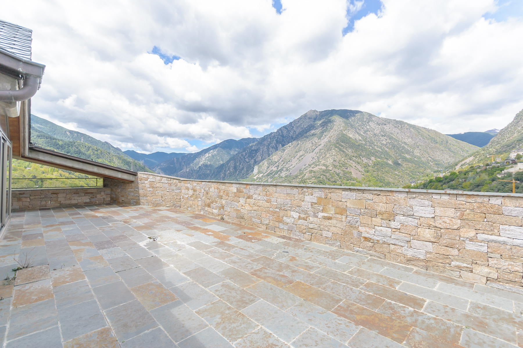 Apartment for Sale at Attic for sale in Escaldes-Engordany Escaldes Engordany, Escaldes Engordany, AD700 Andorra
