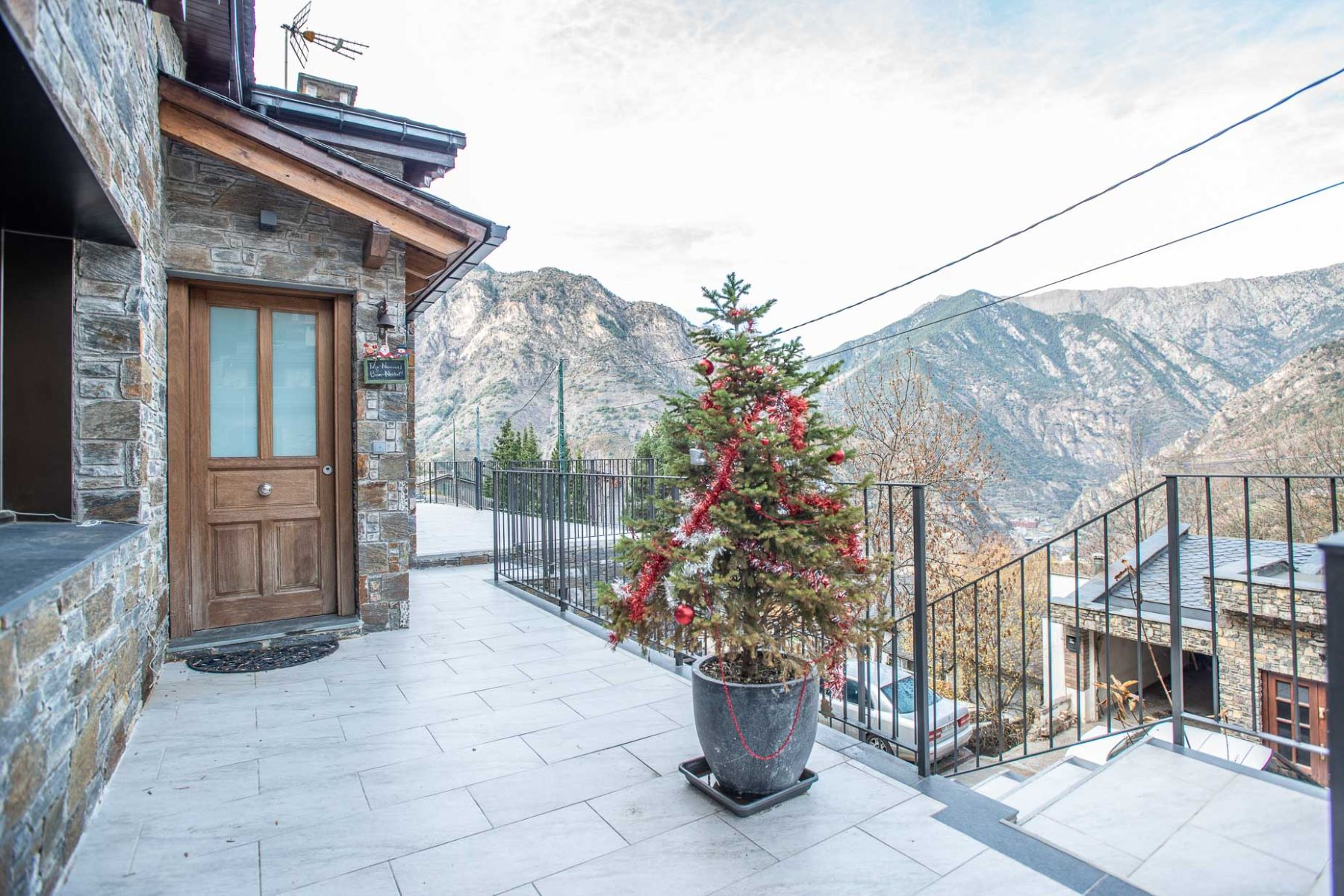 Single Family Homes for Sale at Chalet-Tower for sale in Aixirivall Aixirivall, Sant Julia De Loria AD600 Andorra