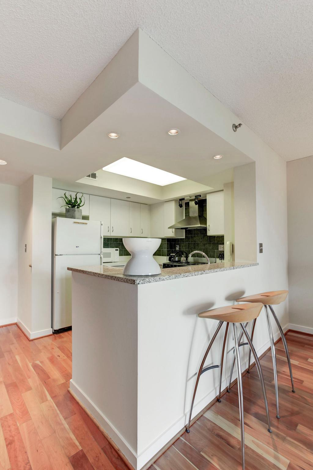 Additional photo for property listing at 1275 25th St NW #604 Washington, District Of Columbia 20037 United States