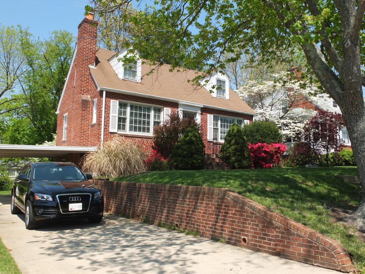 Casa Unifamiliar por un Alquiler en 9504 Milstead Dr 9504 Milstead Dr Bethesda, Maryland 20817 Estados Unidos
