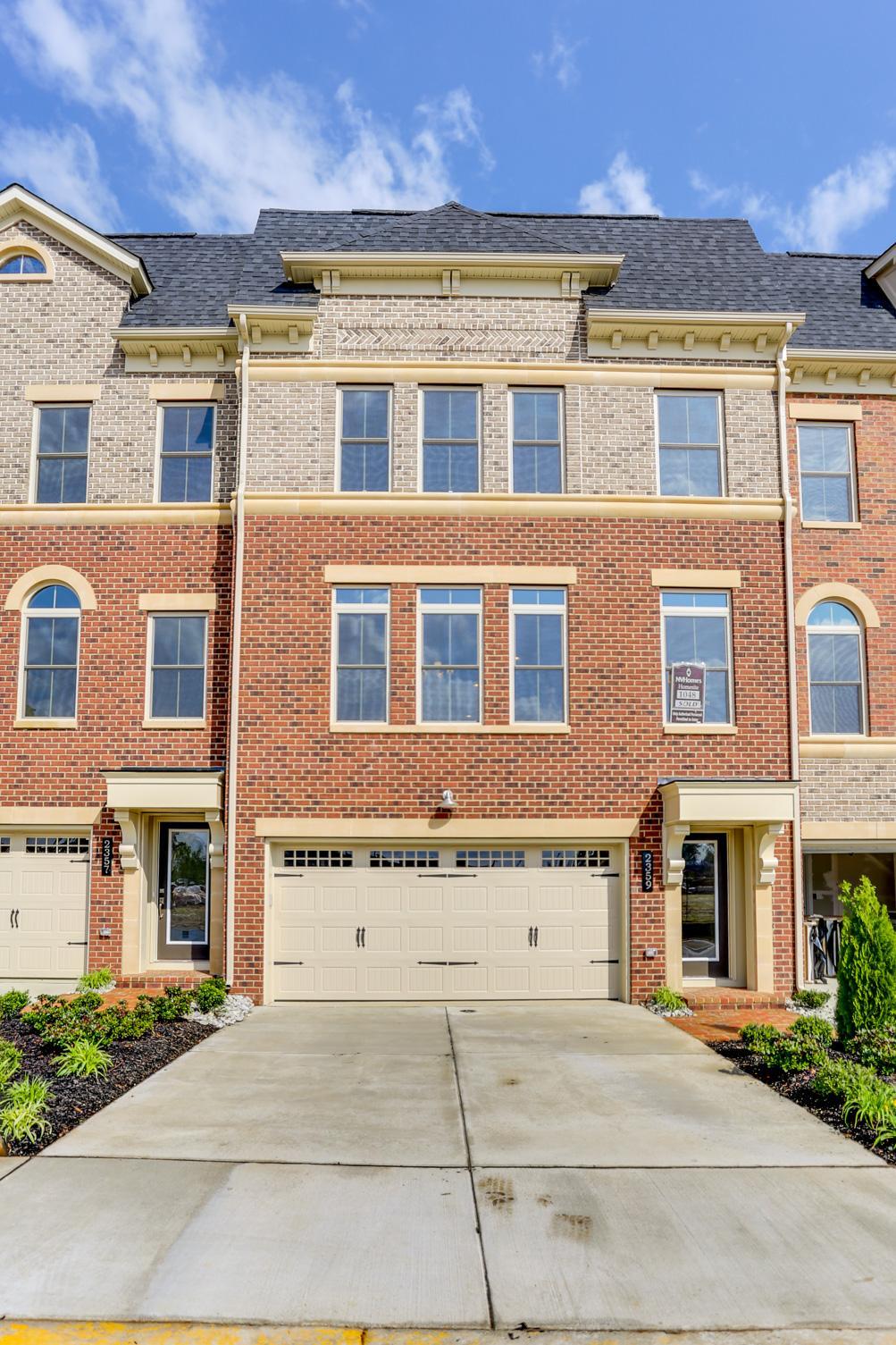 Townhouse for Rent at 2359 Chadlington Rd 2359 Chadlington Rd Falls Church, Virginia 22043 United States
