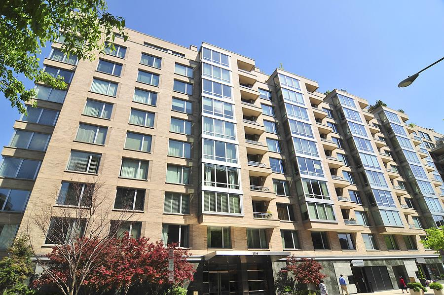 Condominium for Rent at 1155 23rd St Nw #4b 1155 23rd St Nw #4b Washington, District Of Columbia 20037 United States