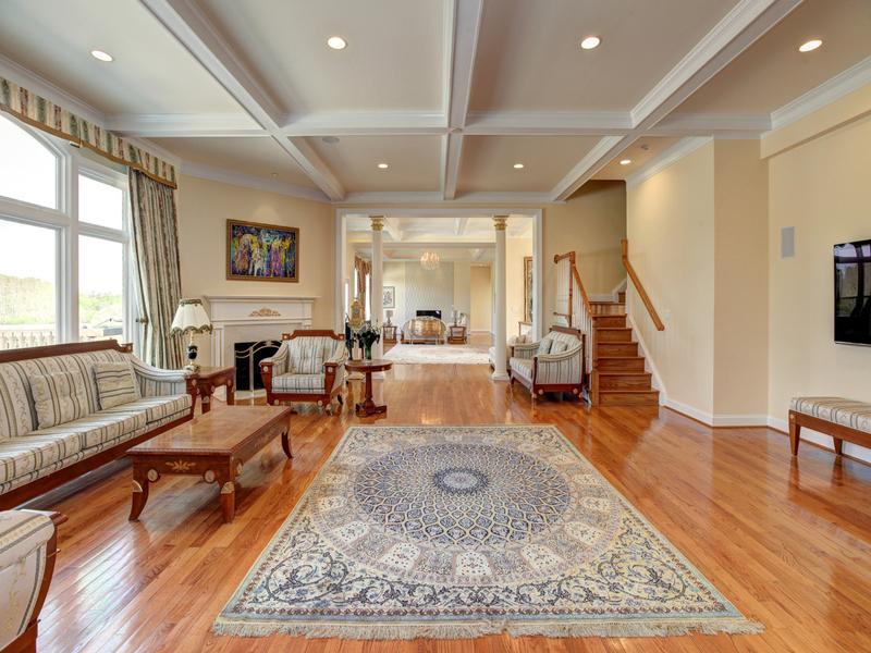 Additional photo for property listing at 15325 Masonwood Drive, Gaithersburg  Gaithersburg, Maryland 20878 United States