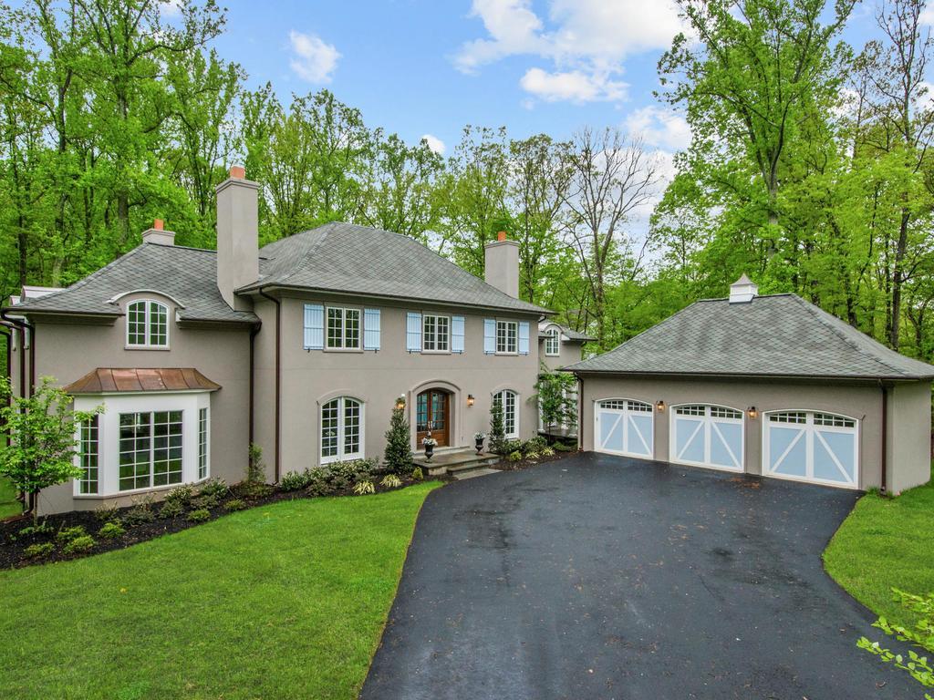 Μονοκατοικία για την Πώληση στο 9165 Old Dominion Drive, Mclean McLean, Βιρτζινια 22102 Ηνωμενεσ Πολιτειεσ