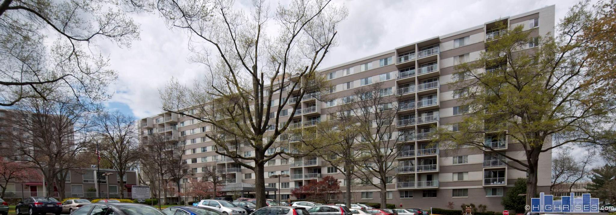 共管式独立产权公寓 为 出租 在 4977 Battery Ln #1-519 4977 Battery Ln #1-519 贝塞斯达, 马里兰州 20814 美国