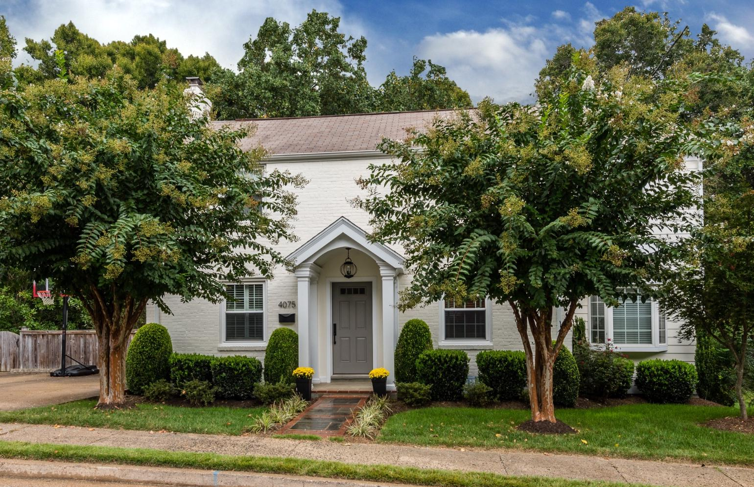 Single Family Home for Sale at 4075 35th St N 4075 35th St N Arlington, Virginia 22207 United States