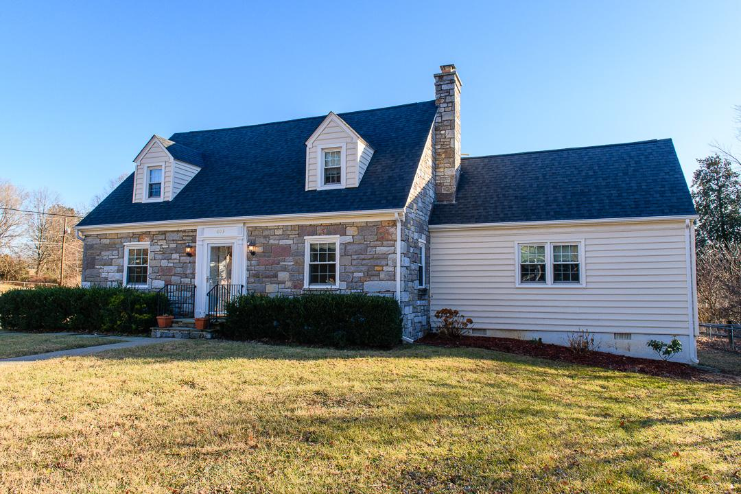Single Family Home for Rent at 603 Martin Ave 603 Martin Ave Middleburg, Virginia 20117 United States