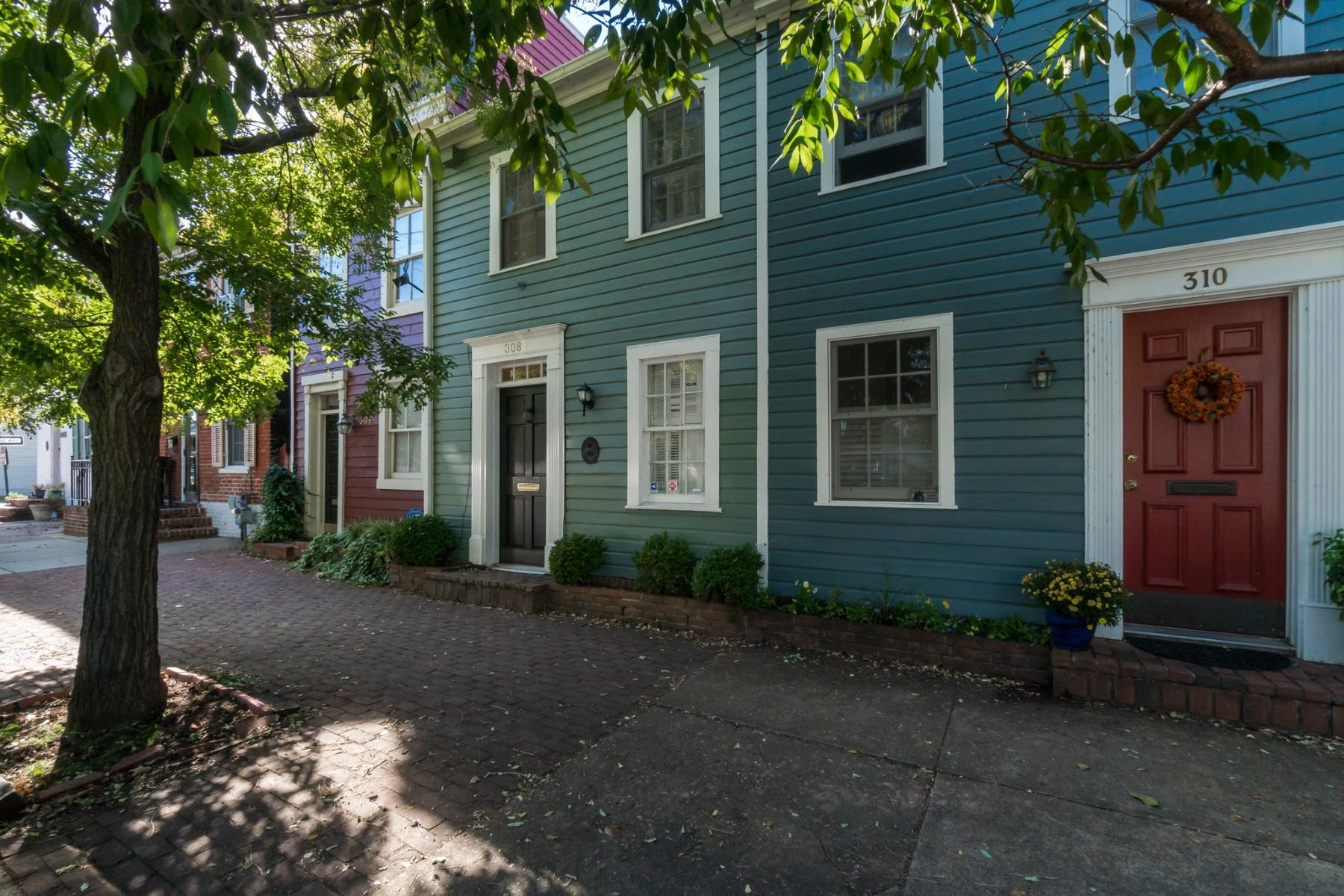 Single Family Home for Rent at 308 Alfred St N 308 Alfred St N Alexandria, Virginia 22314 United States