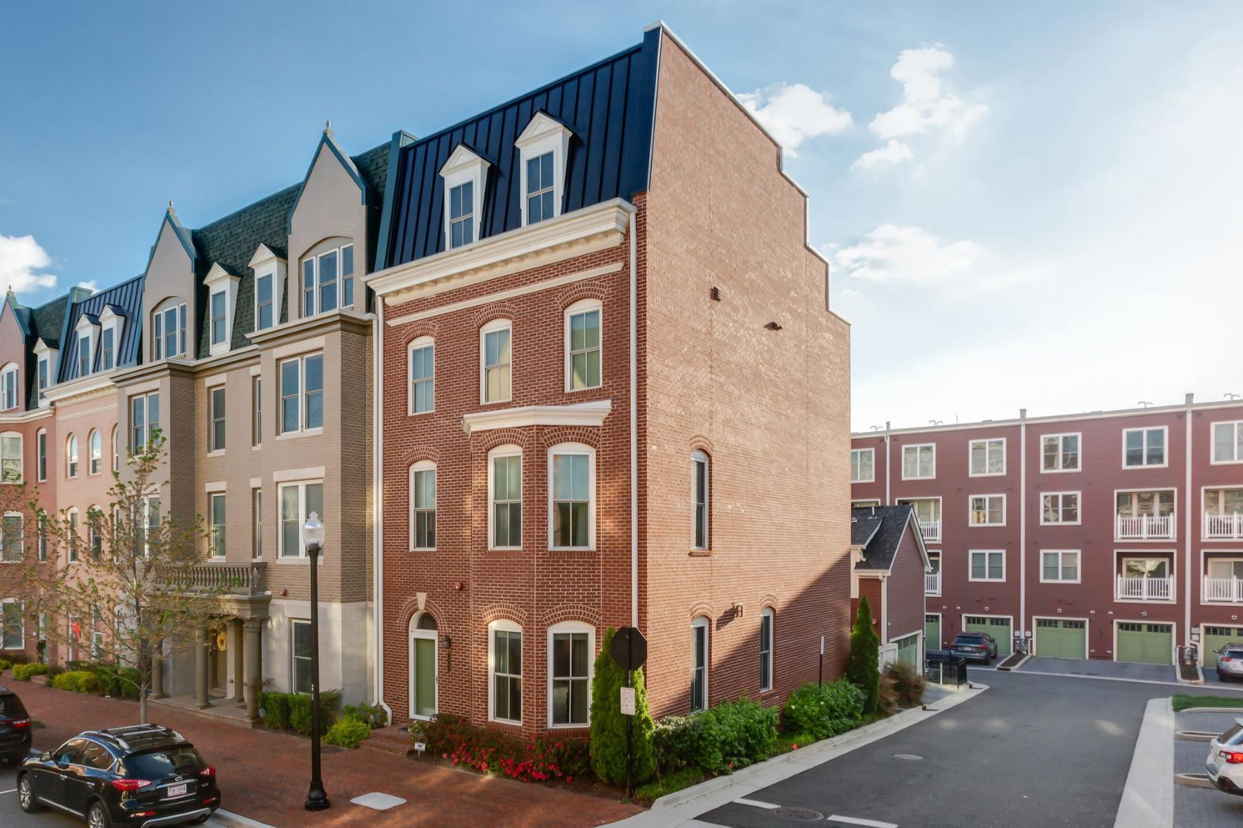 townhouses for Active at 2308 Main Line Blvd Alexandria, Virginia 22301 United States