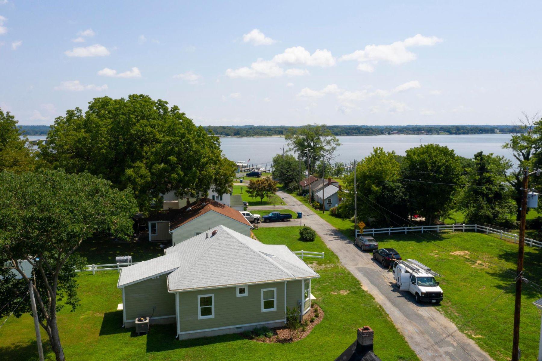 Single Family Homes pour l Vente à Benedict, Maryland 20612 États-Unis