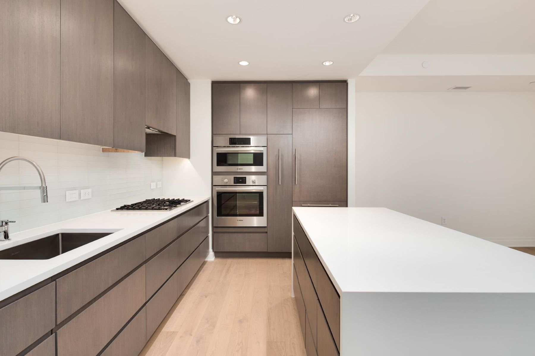 Condominium for Rent at 2501 M Nw #504 2501 M Nw #504 Washington, District Of Columbia 20037 United States