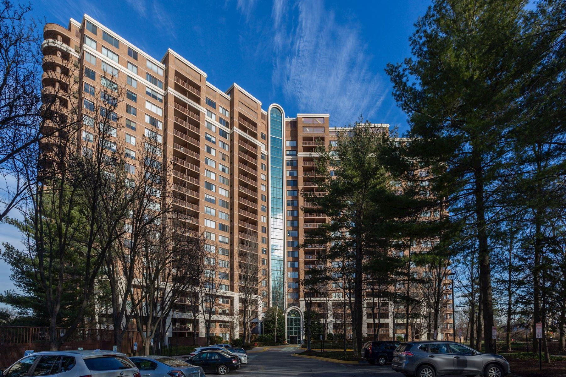 Condominiums por un Venta en 10101 Grosvenor Pl #1903 North Bethesda, Maryland 20852 Estados Unidos