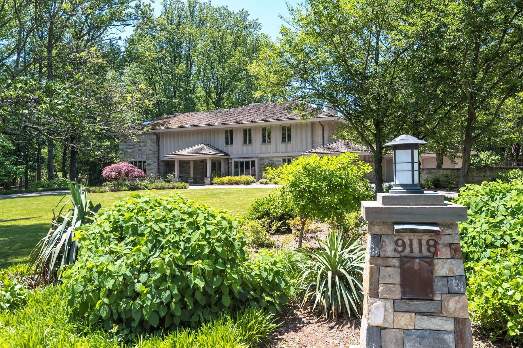 Single Family Homes for Sale at 9118 Redwood Ave Bethesda, Maryland 20817 United States