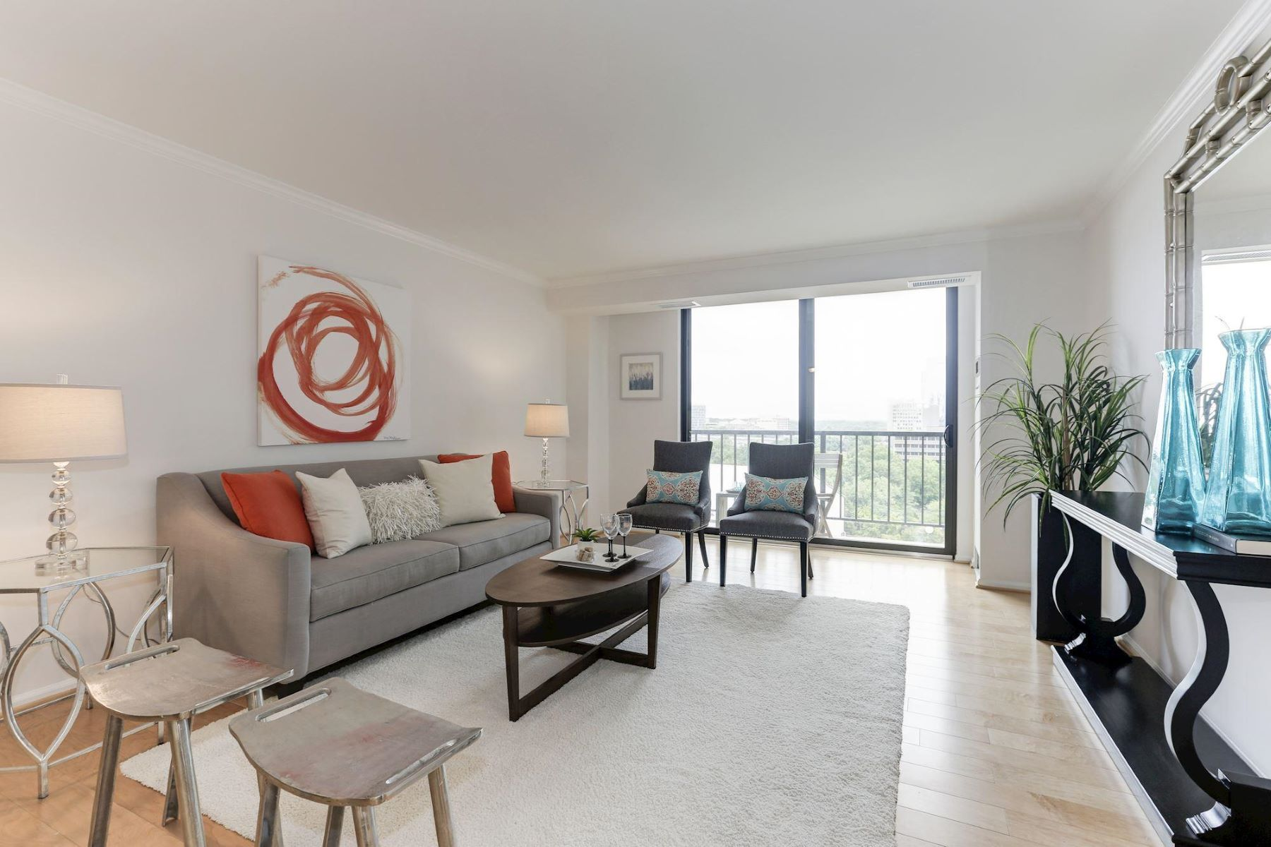 Other Residential for Sale at 1800 Old Meadow Rd #915 1800 Old Meadow Rd #915 McLean, Virginia 22102 United States