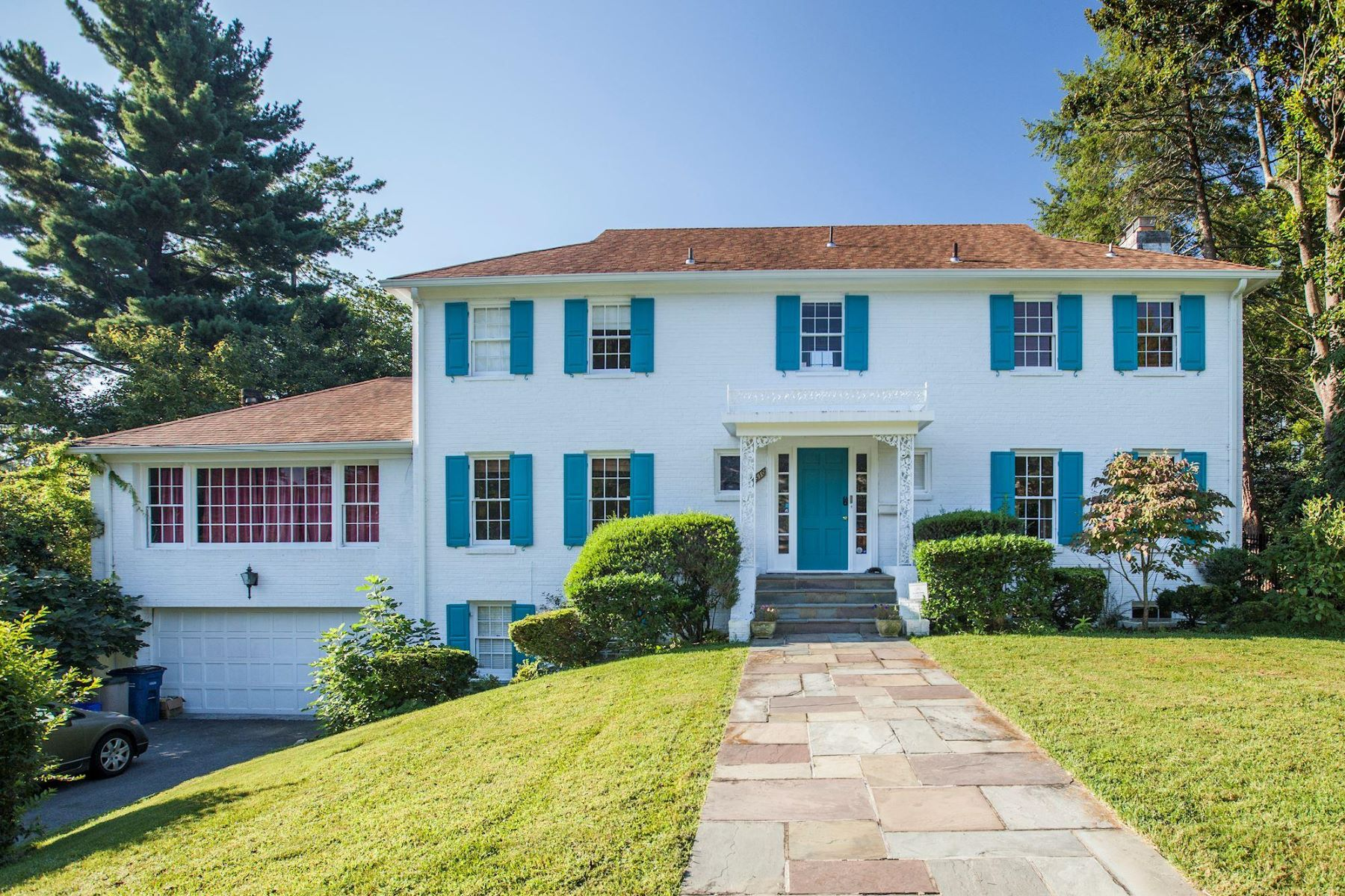 Single Family Home for Rent at 5510 Pembroke Rd 5510 Pembroke Rd Bethesda, Maryland 20817 United States