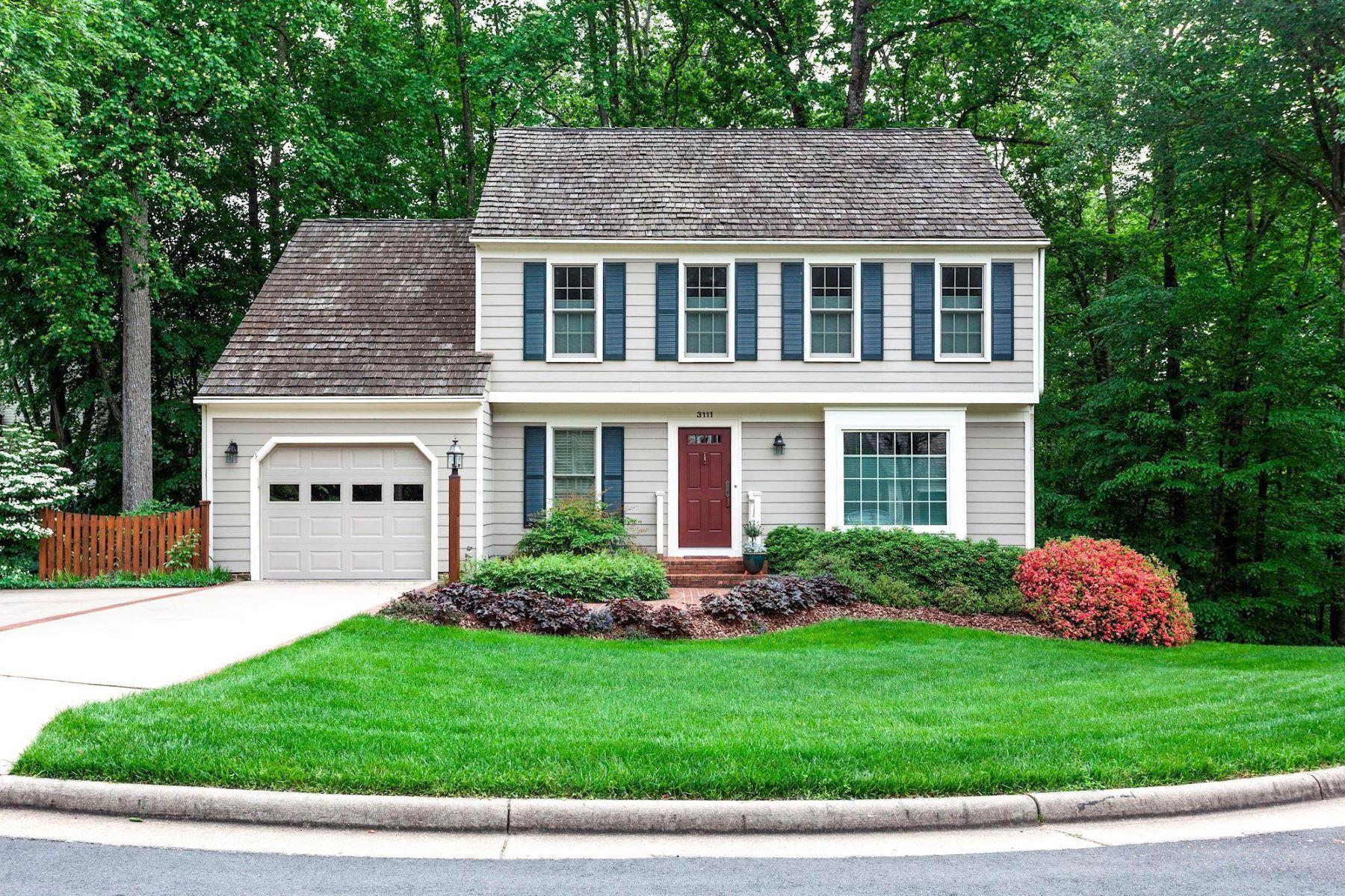 single family homes pour l Vente à 3111 Woods Cove Ln Woodbridge, Virginia 22192 États-Unis