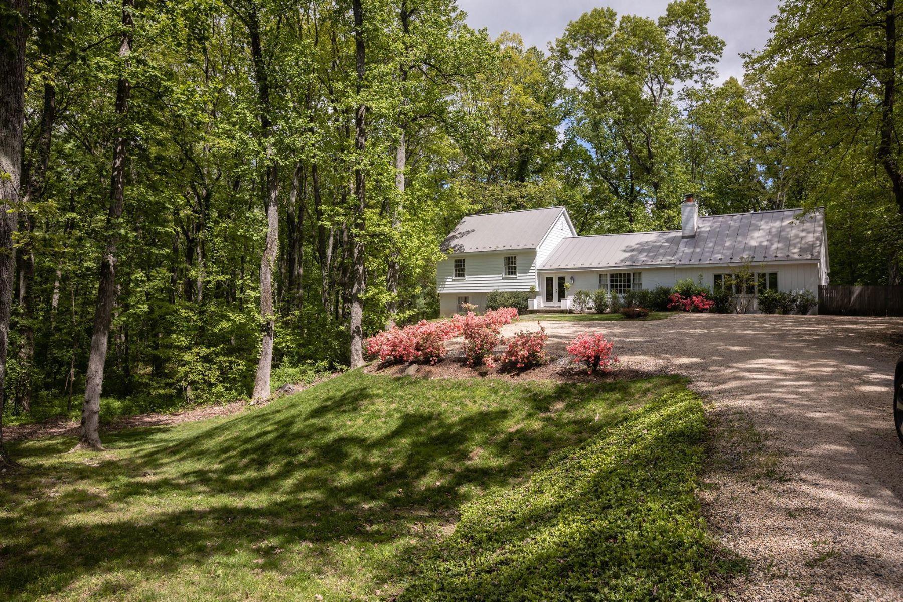 Single Family Homes 为 销售 在 3755 Rectortown Rd 马歇尔, 弗吉尼亚州 20115 美国