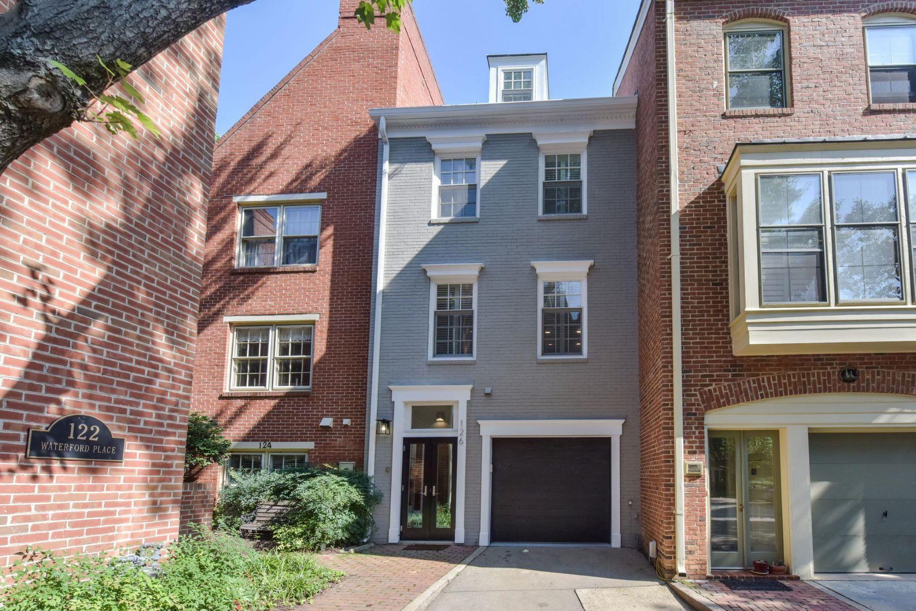 townhouses por un Venta en 126 Waterford Pl Alexandria, Virginia 22314 Estados Unidos