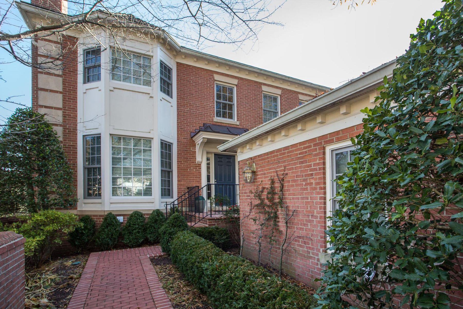 Other Residential Homes por un Venta en 9400 Turnberry Dr Potomac, Maryland 20854 Estados Unidos