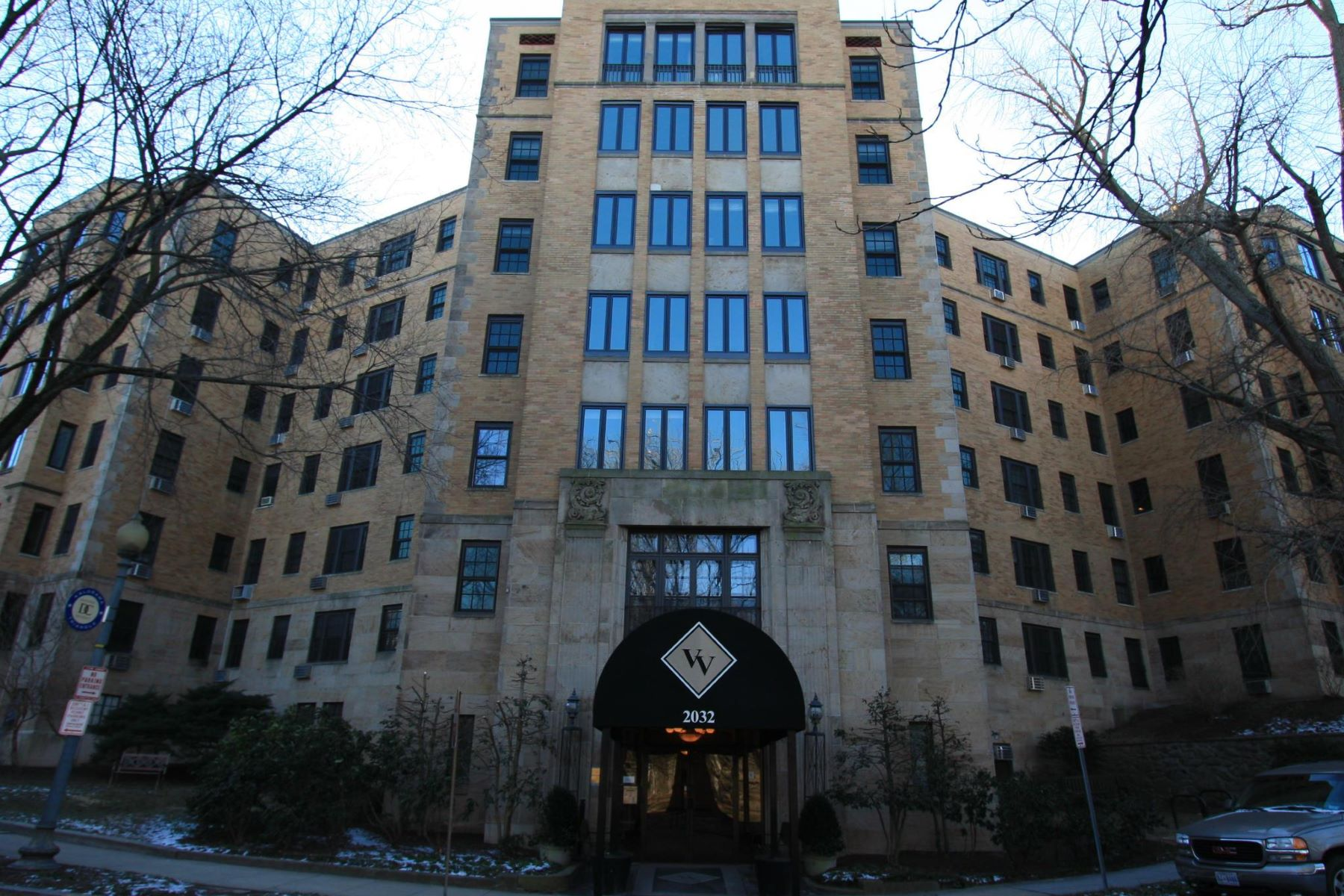 Condominio por un Alquiler en 2032 Belmont Rd Nw #317 2032 Belmont Rd Nw #317 Washington, Distrito De Columbia 20009 Estados Unidos