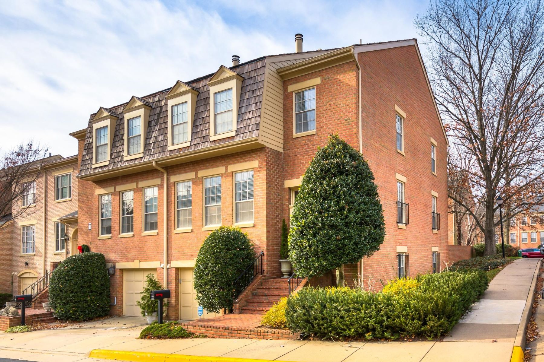 Townhouse for Sale at 1412 Mclean Mews Ct 1412 Mclean Mews Ct McLean, Virginia 22101 United States