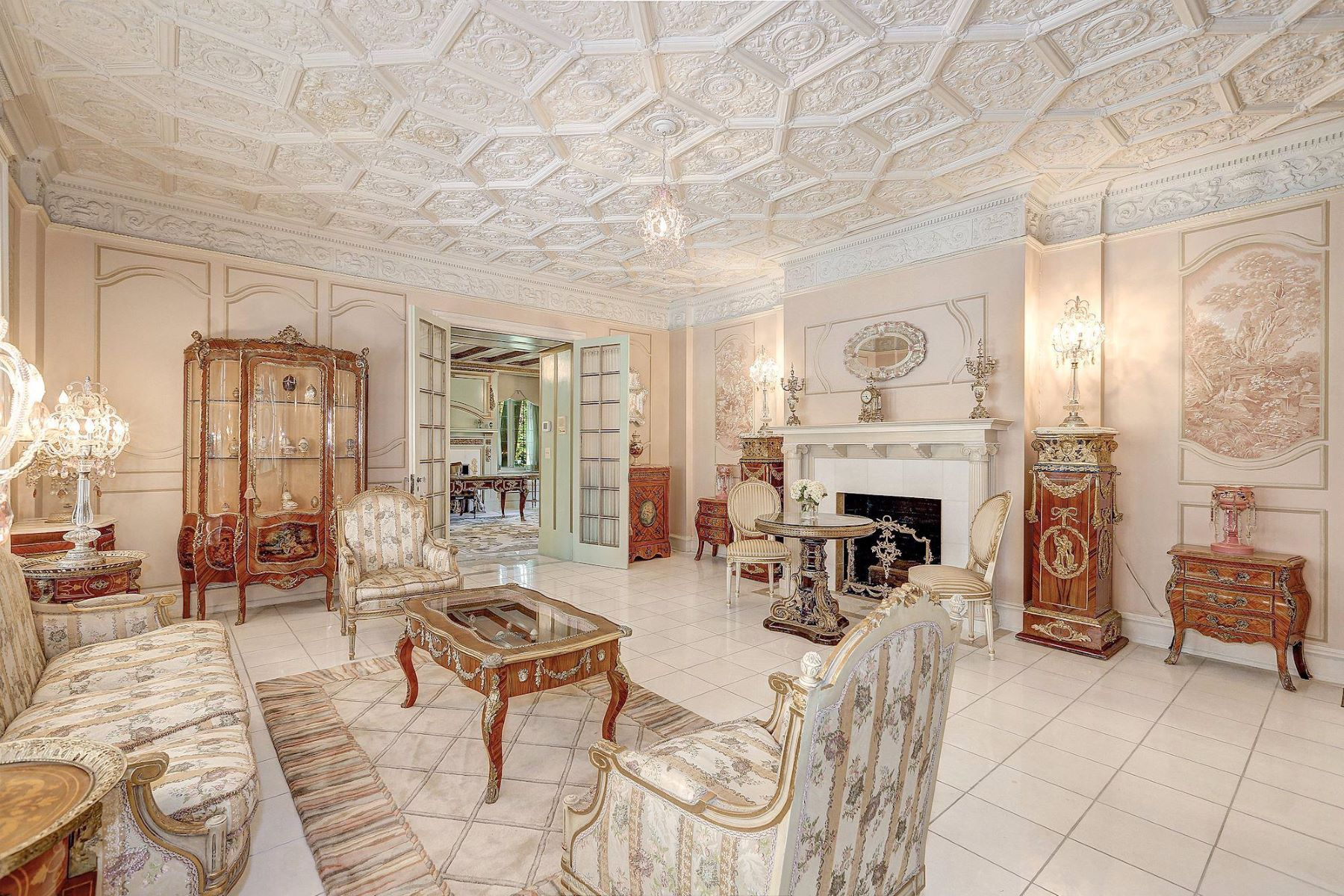 Additional photo for property listing at 9 Chevy Chase Cir Chevy Chase, Maryland 20815 United States