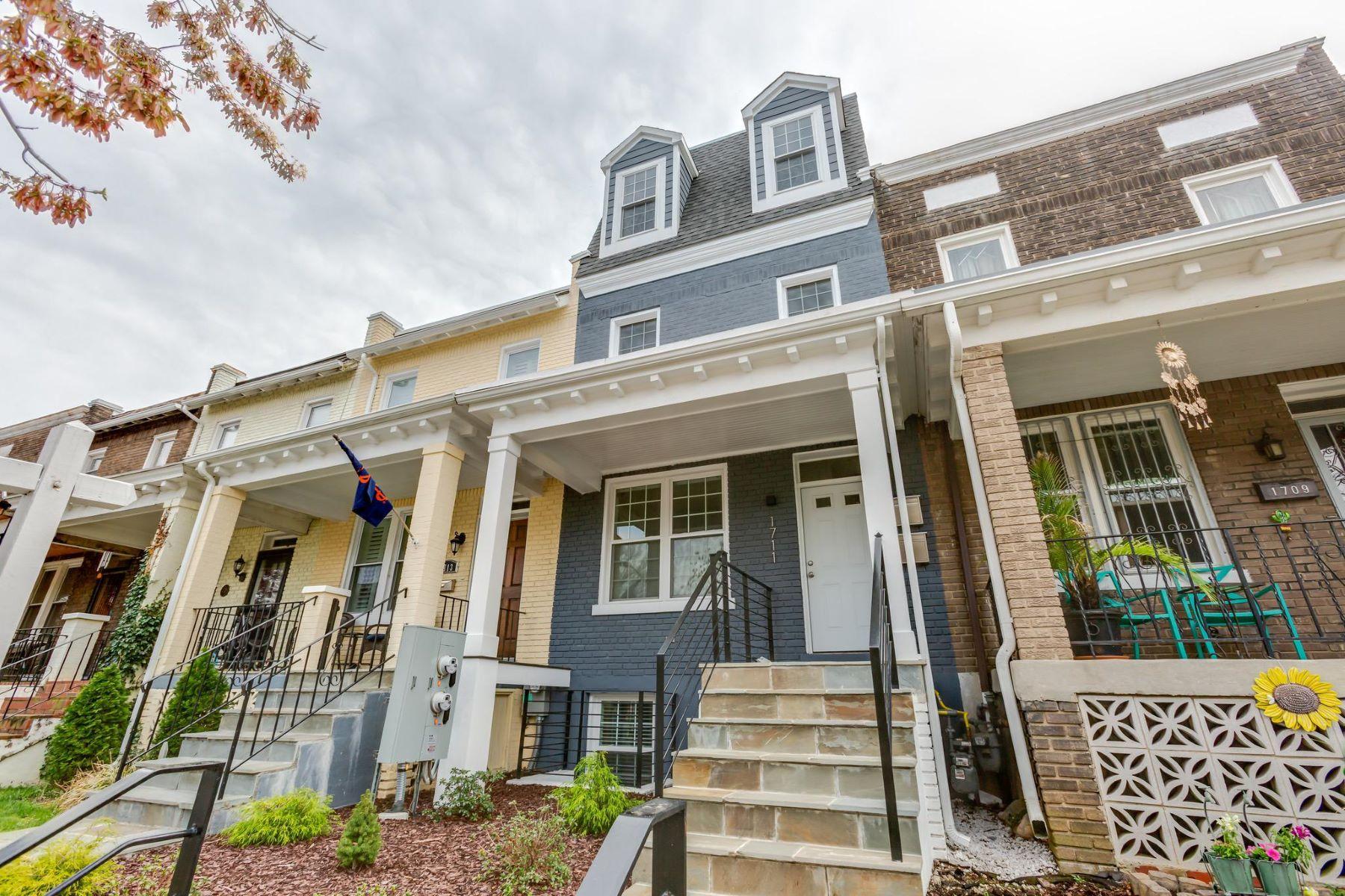 Condominium for Sale at 1711 D St SE #2 1711 D St SE #2 Washington, District Of Columbia 20003 United States