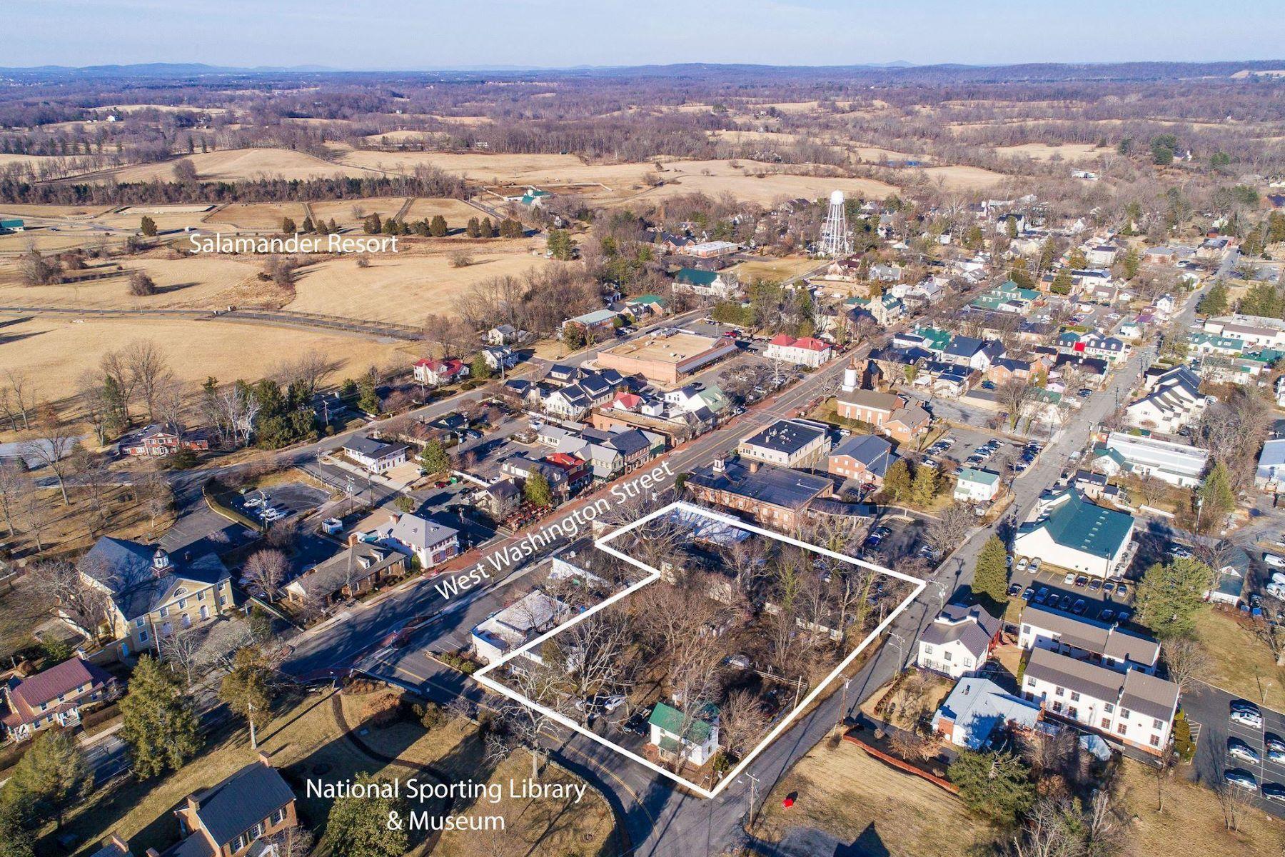 Single Family Homes 为 销售 在 115 Washington Middleburg, 弗吉尼亚州 20117 美国