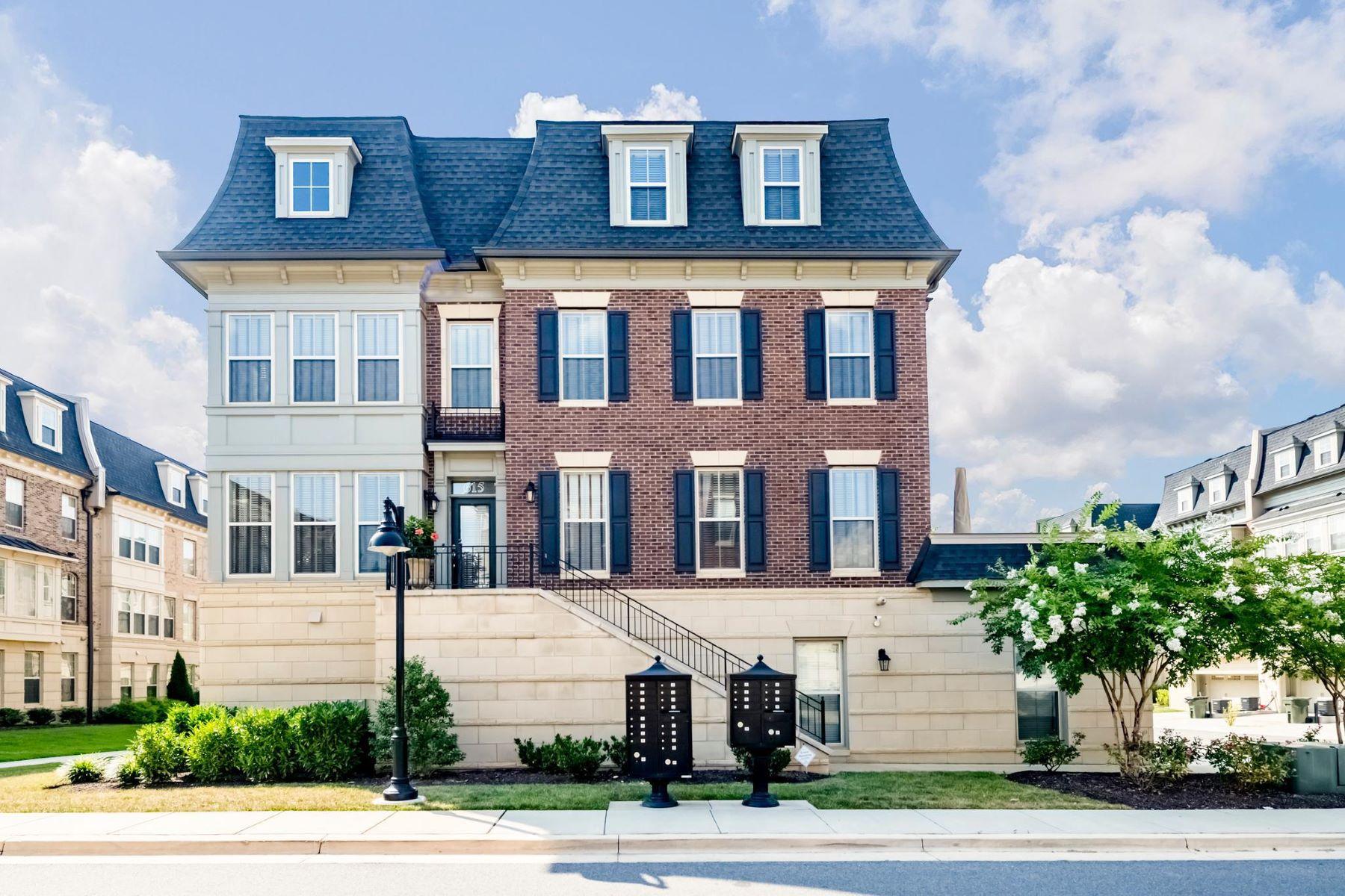 Condominiums por un Venta en 615 Fair Winds Way #250 National Harbor, Maryland 20745 Estados Unidos