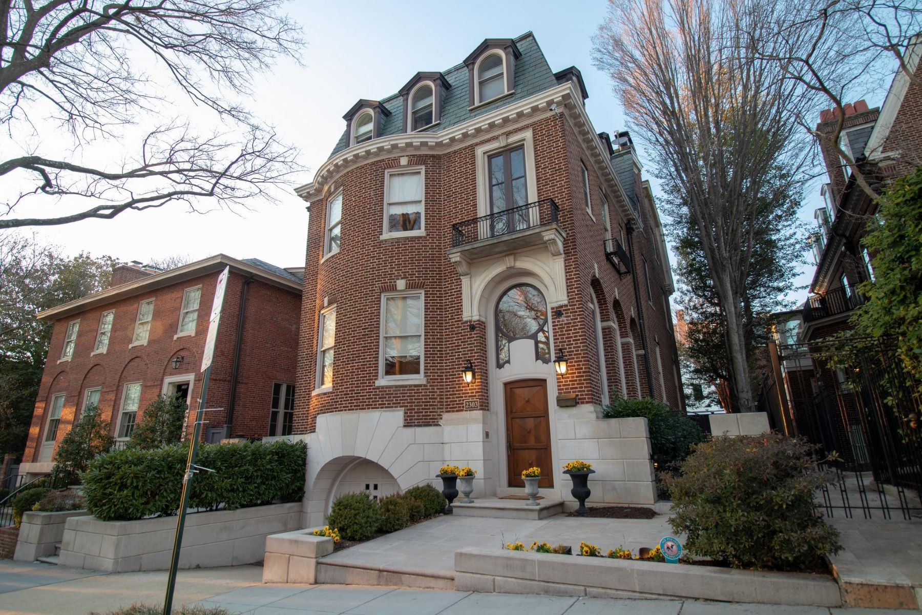 Single Family Homes for Sale at 2303 Bancroft Pl Nw Washington, District Of Columbia 20008 United States