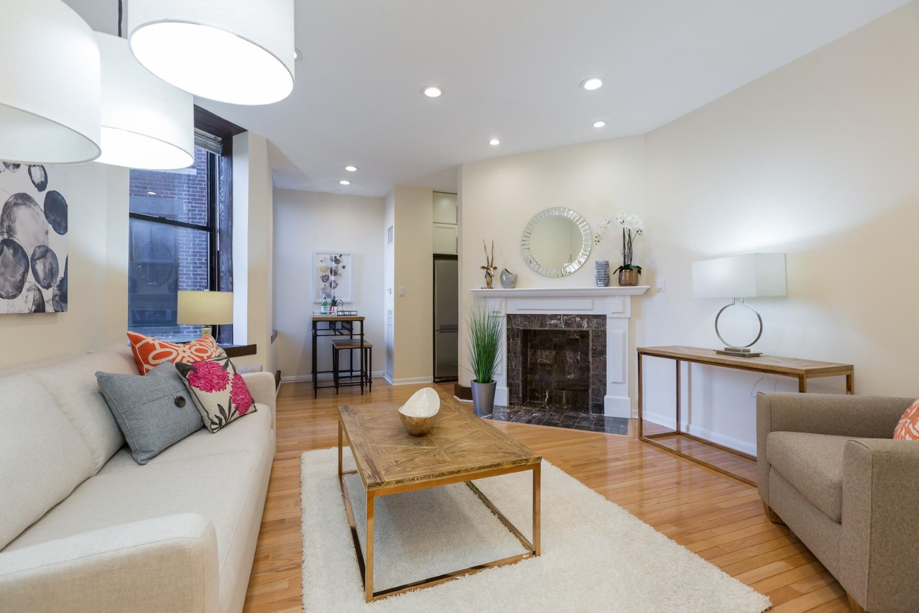 Condominium for Sale at 1615 Q St Nw #207 1615 Q St Nw #207 Washington, District Of Columbia 20009 United States