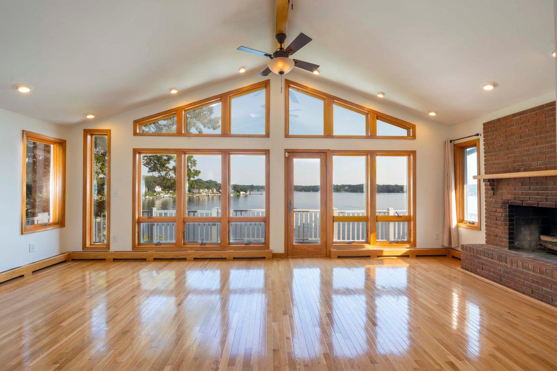 Single Family Homes por un Venta en 314 S Riverside Dr Crownsville, Maryland 21032 Estados Unidos