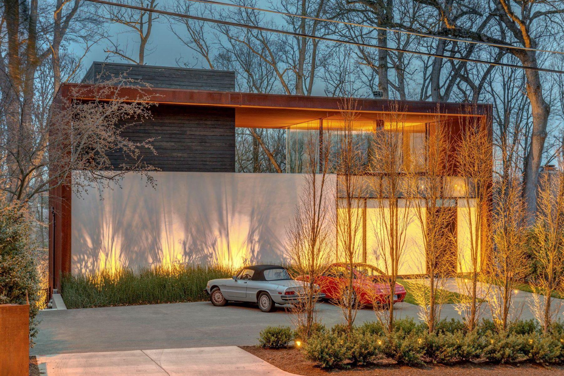 Single Family Homes for Sale at 6415 Dahlonega Rd Bethesda, Maryland 20816 United States