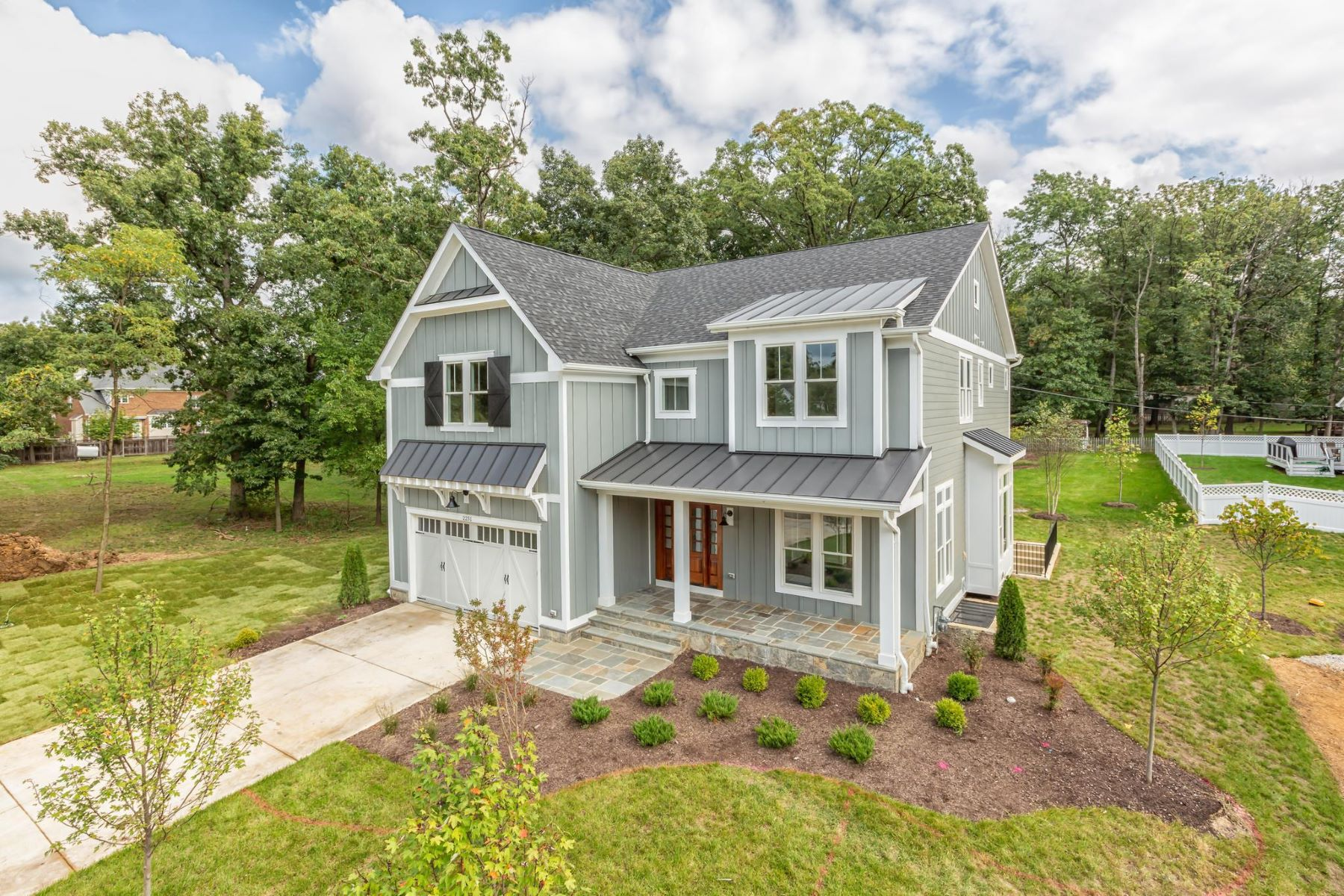 Single Family Homes for Active at 1203 Drake St Sw Vienna, Virginia 22180 United States