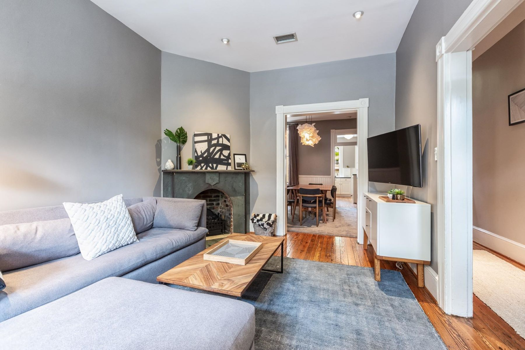 Additional photo for property listing at 1317 35th St NW 1317 35th St NW Washington, District Of Columbia 20007 United States