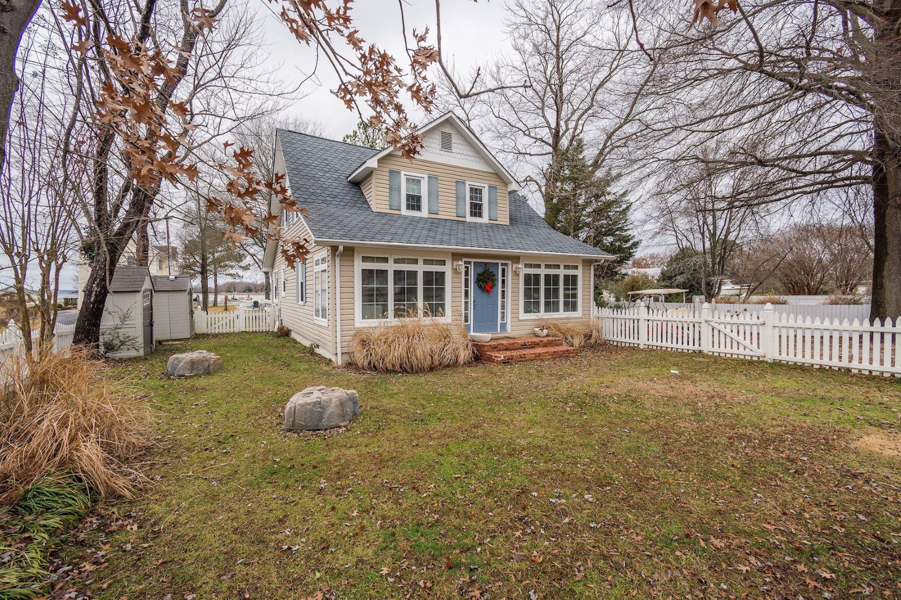 Single Family Homes para Venda às Broomes Island, Maryland 20615 Estados Unidos