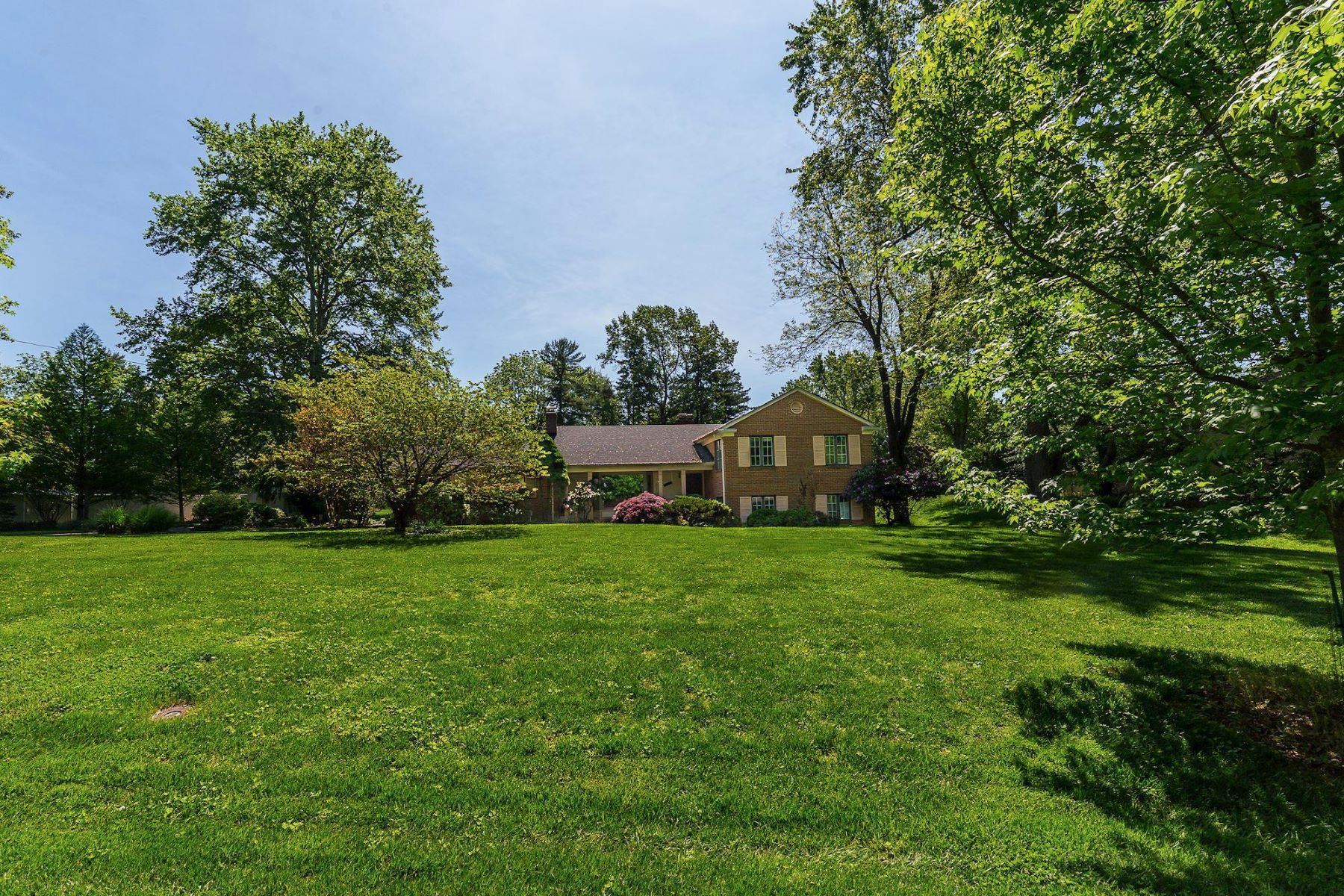 single family homes for Active at 13605 Cherrydale Dr Rockville, Maryland 20850 United States